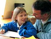 Schülerin und Lehrer (c) Ingram